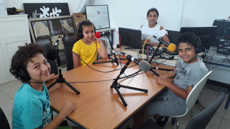 Radio Etoile Emission 4